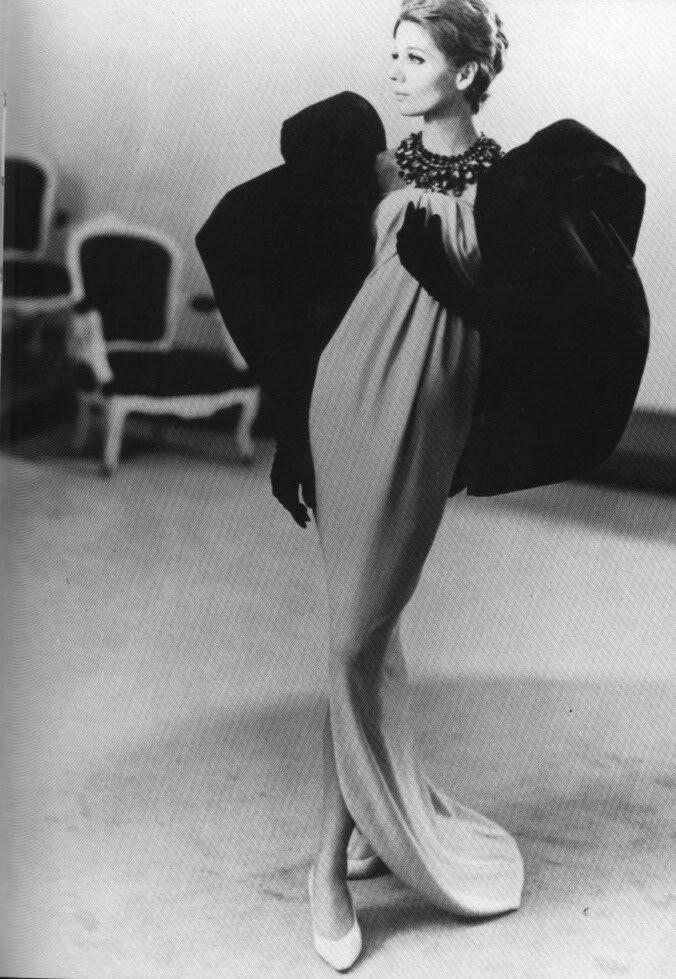 Schwarz Ebenholz Vintage Ehefrau