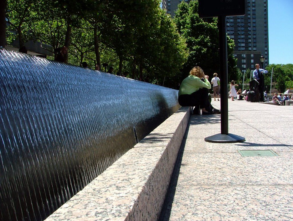 Fountain In Battery Park City Ny M Paul Friedberg Water Features Landscape Projects Modern Landscaping