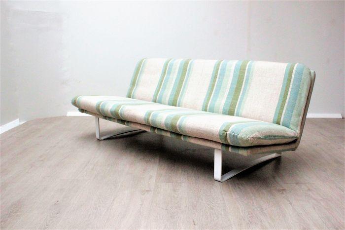 Design Bank Wit.Kho Liang Le Voor Artifort Design Bank Model C683 Vintage Design