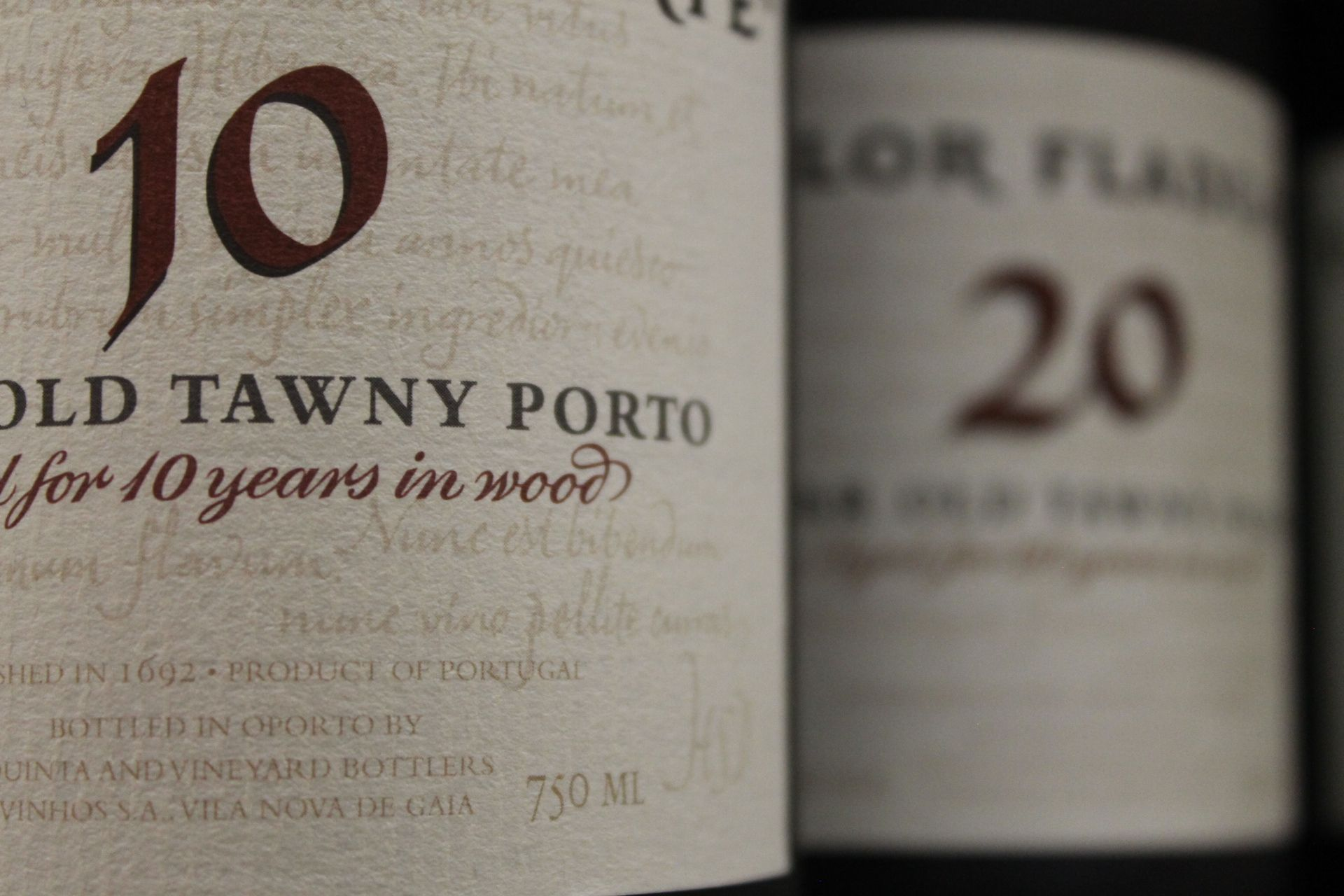 10 And 20 Year Old Tawny Port Wine Bottles Wine Desserts Port Wine Wine Tasting