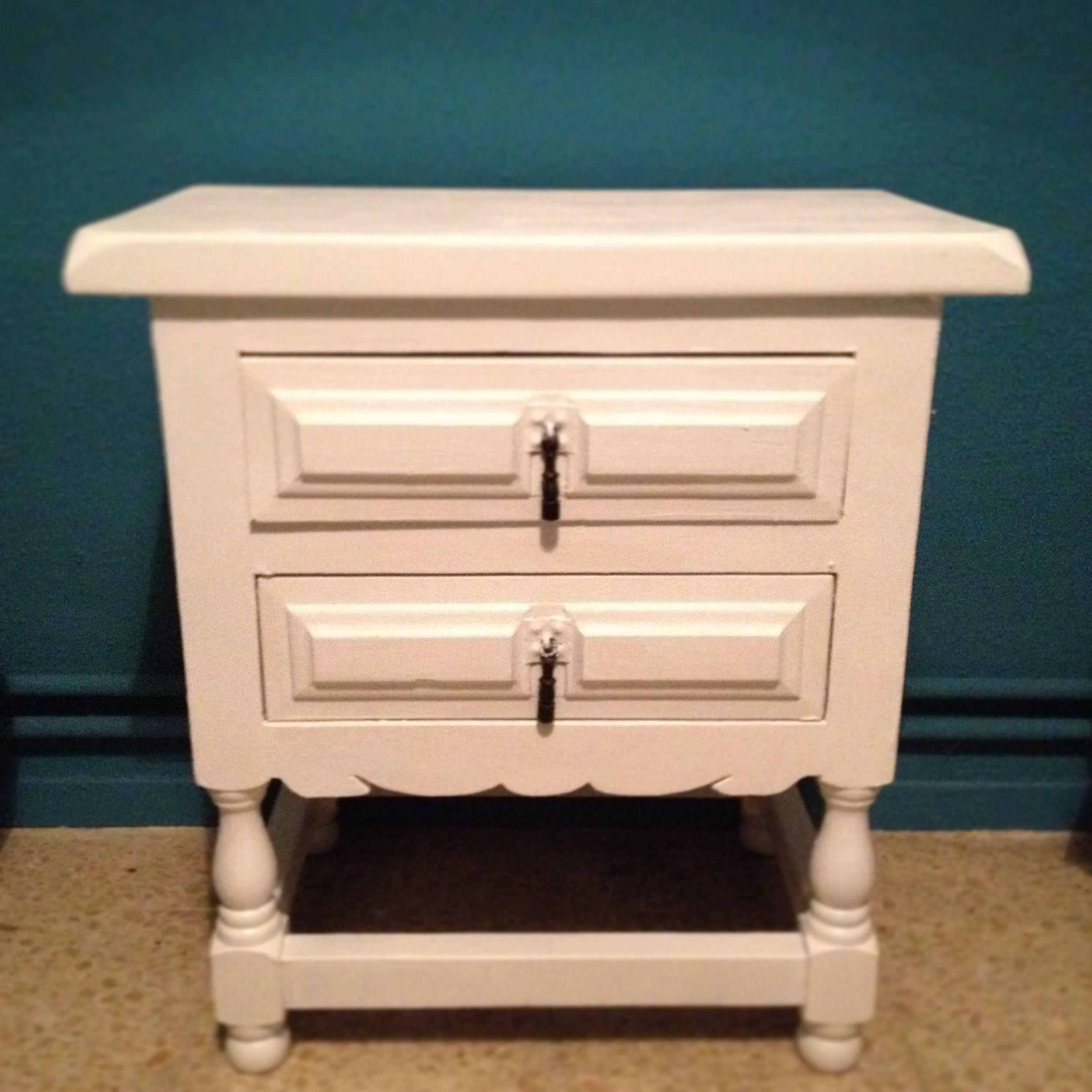 Mi mueble castellano ya pintado de blanco #cambiodeimagen ...