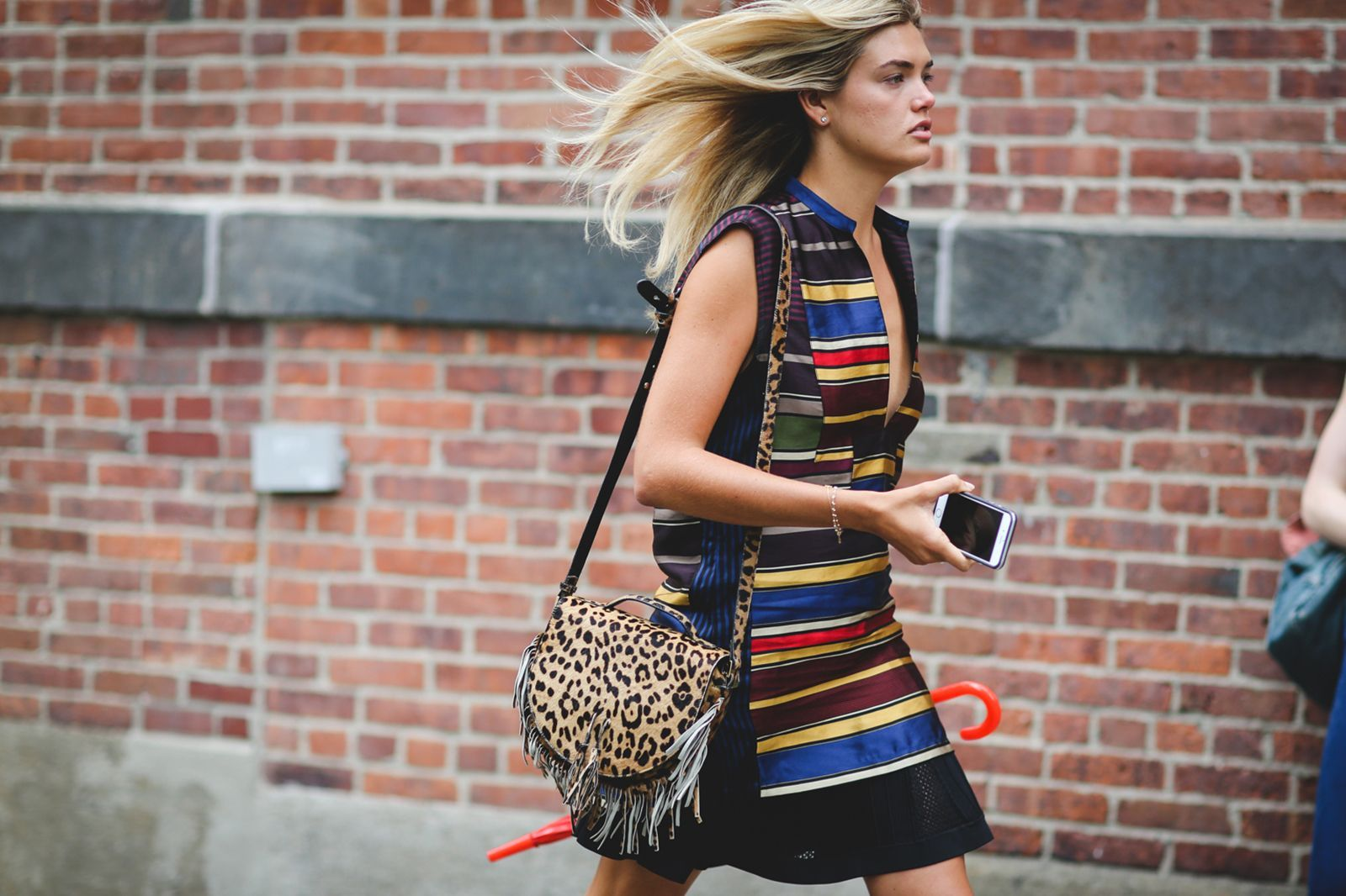 Pattern-mixing pro. #refinery29 http://www.refinery29.com/2015/09/93788/ny-fashion-week-spring-2016-street-style-pictures#slide-162