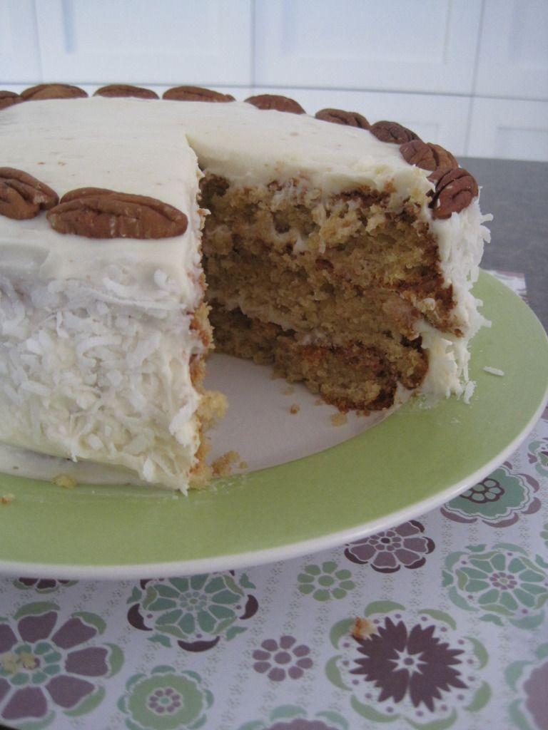 Gâteau à la crème italienne Ingrédients: 5 oeufs, divisés 2 tasses de farine 1 c. à thé de poudre à pâte 1 c. à thé de bicarbonate de soude 1/2 c. à thé de sel 1 tasse d'huile végétale 1/2 tasse de...