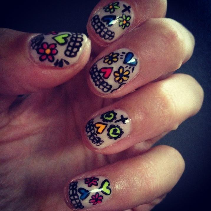 Alexa Chung's Día de los Muertos (Day of the Dead) nails! So cute!