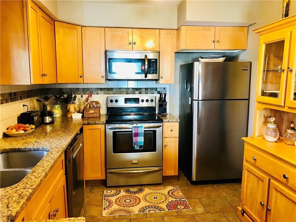44 Dixwell Ave Cranston Ri 02910 Mls 1209574 Zillow Home