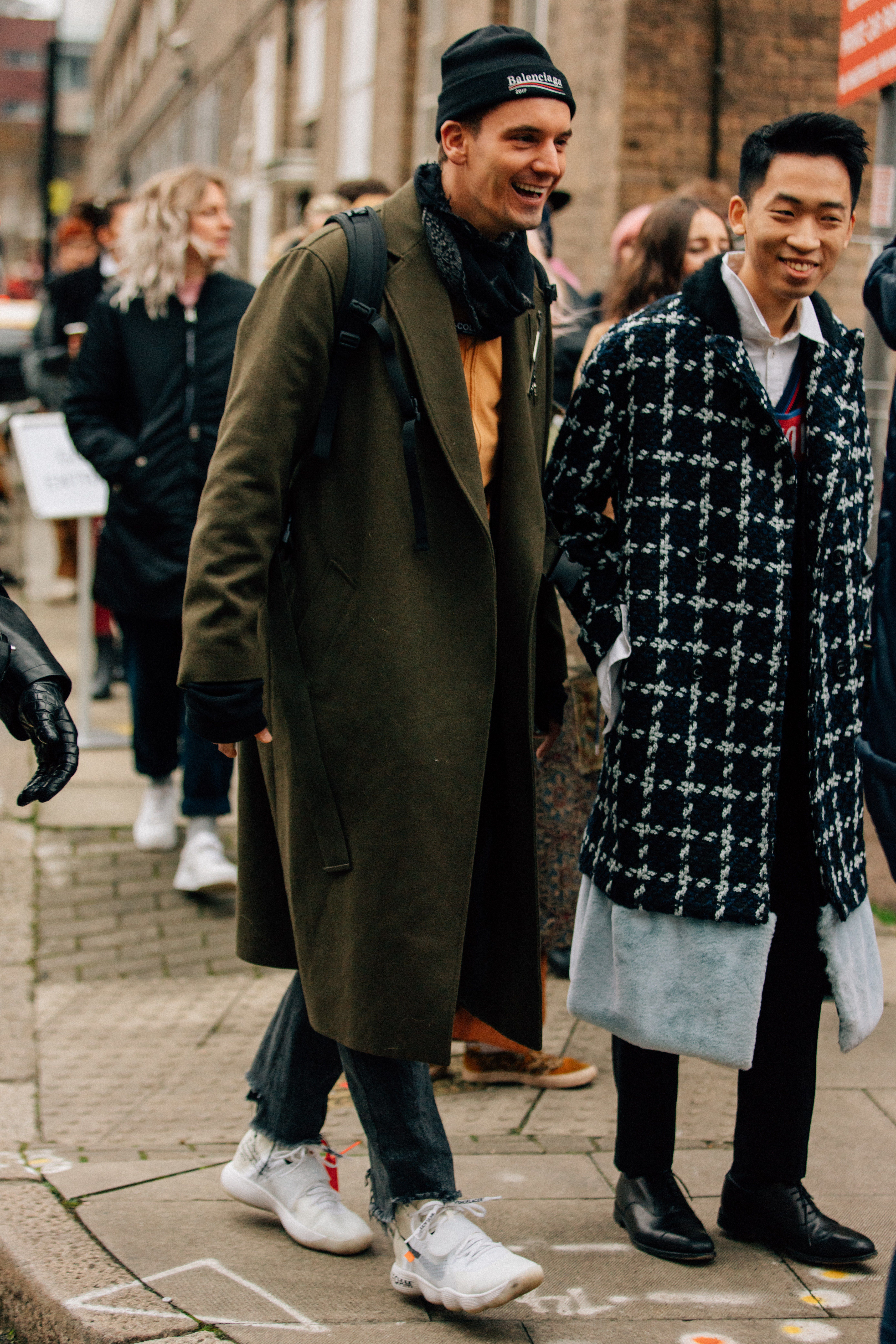 How London Fashion Week S Most Stylish Guys Dress For Winter Mens Street Style Cool Street Fashion London Fashion Week Mens