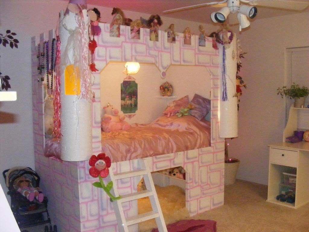 Little girls bedrooms castle bed for little girl for Princess castle bedroom ideas