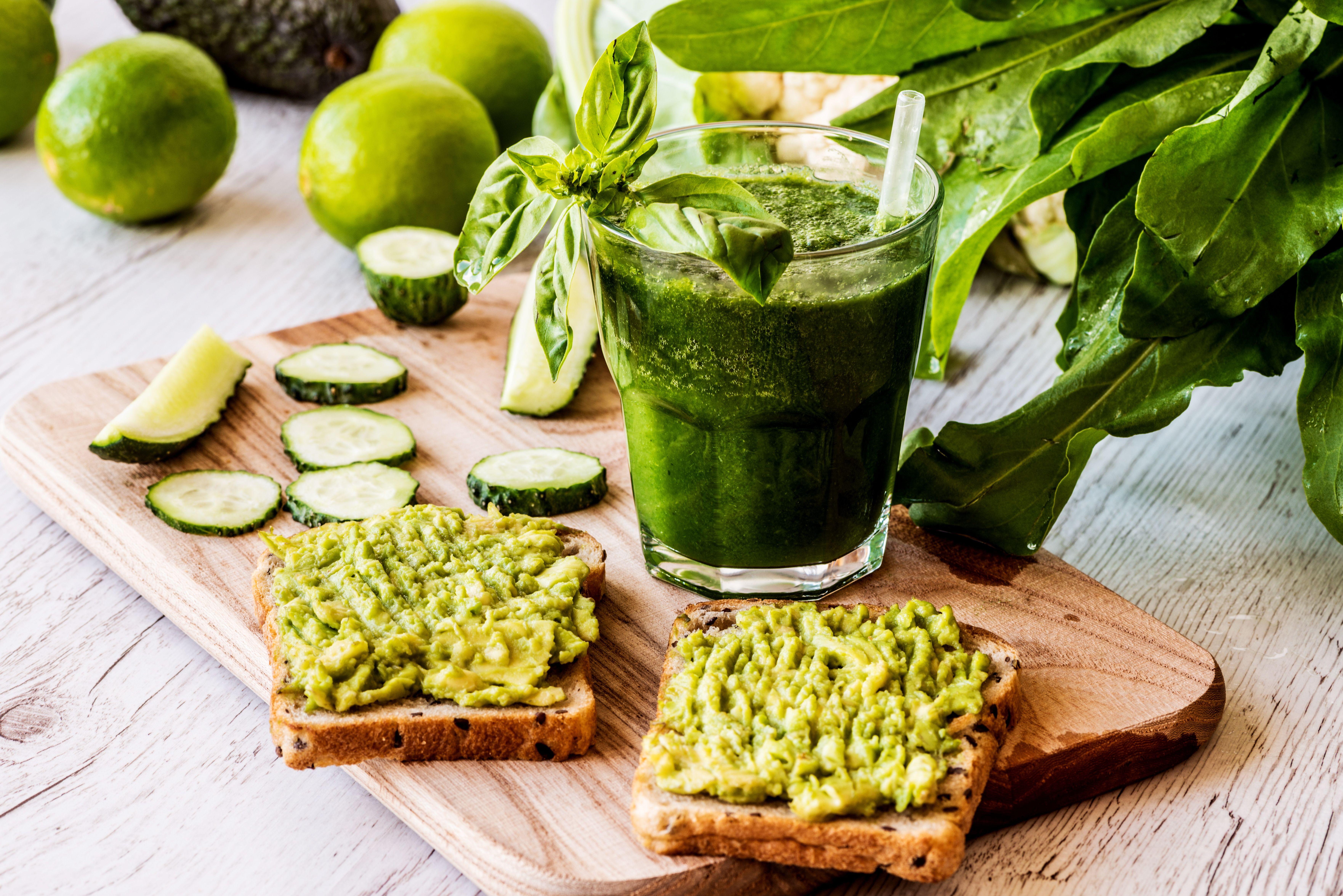 segíti a fogyást 6 étkezés a fogyáshoz