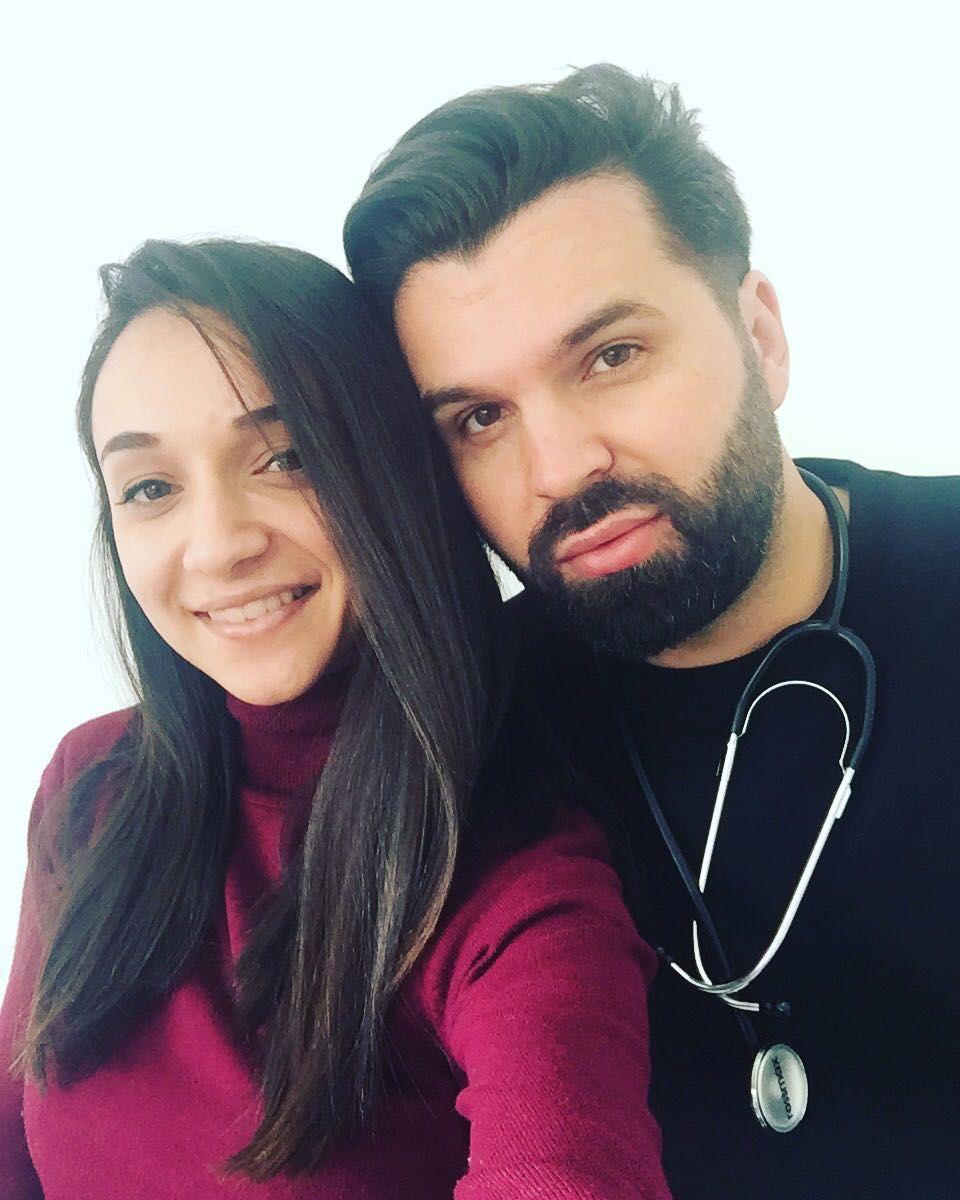 Happy working day...doctor in acțiune 😇 #me #doctor #doctorlazarescu #drlazarescu #happy #day #lovemyjob #team www.doctorlazarescu.ro