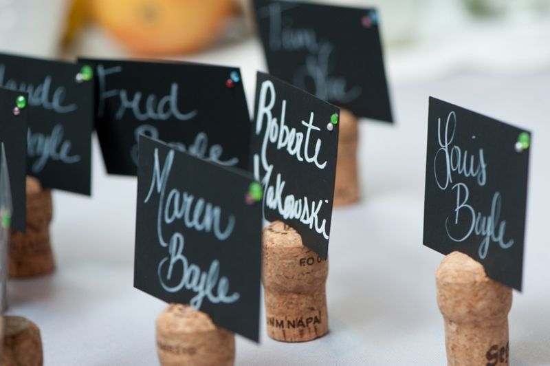 Diy vintage rustic florida wedding bouchons de li ge le - Porte nom de table fait main ...