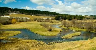 http://flanaganmotors.com Excellent fishing opportunities along Highway 87 near Lewistown.