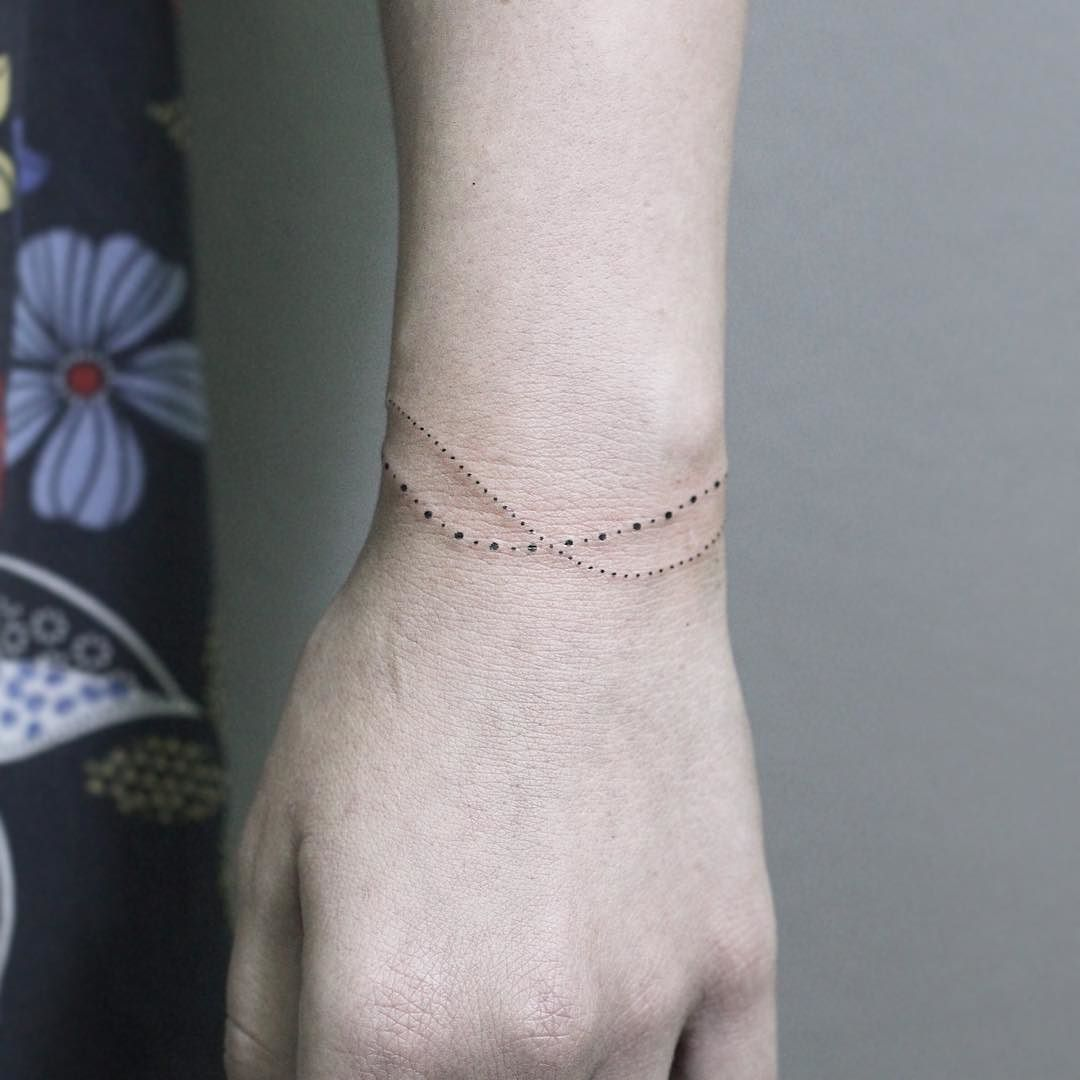 Sweet little minimal dot bracelet. Have a good day… | Tattoos ... - Armreif Tattoo