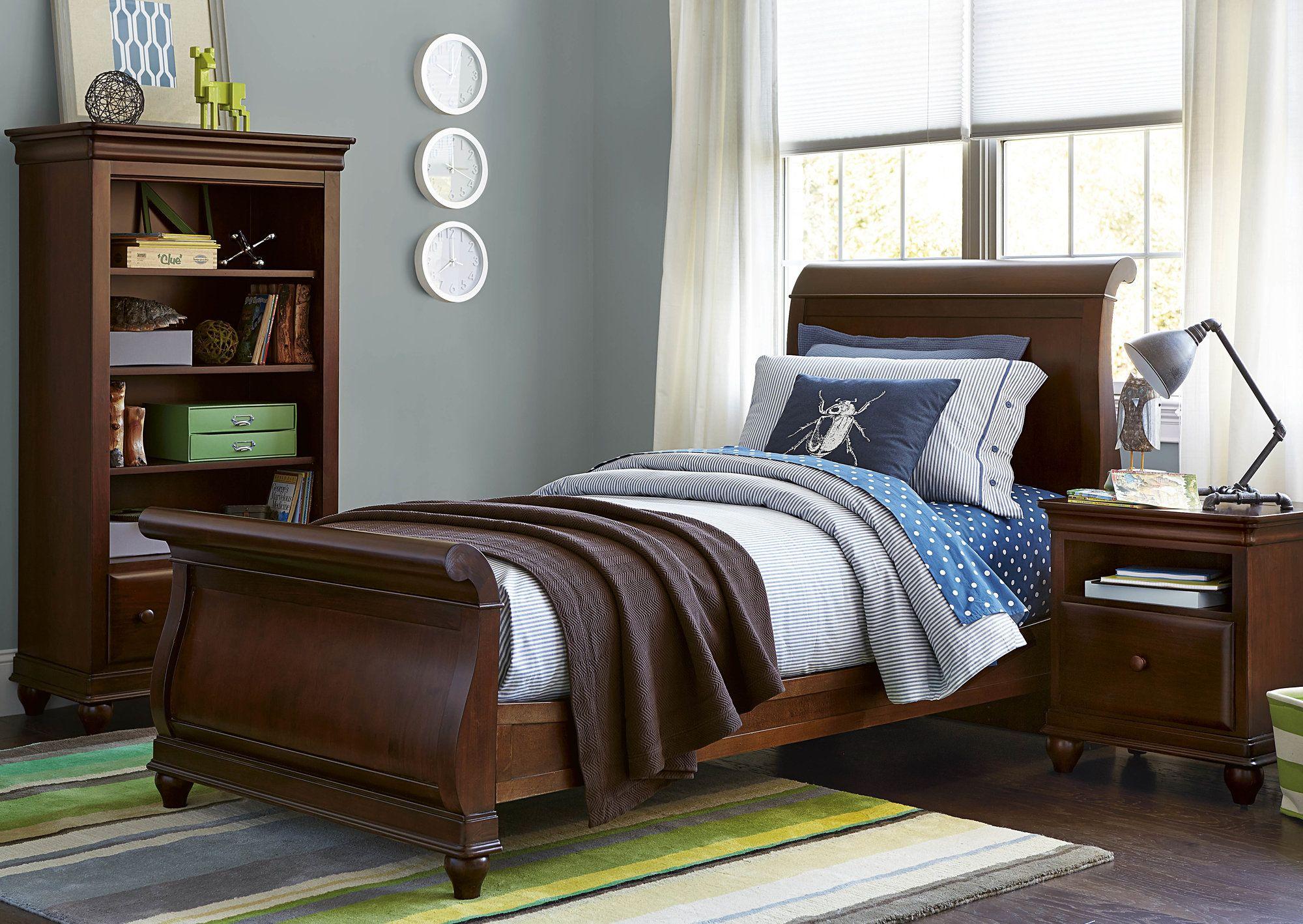 Daniel Sleigh Bed