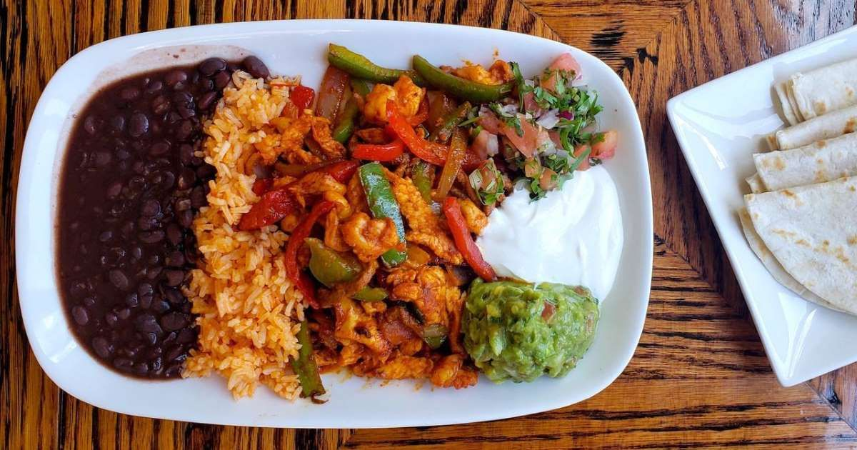 How to Make Fajitas Like an Authentic Mexican Restaurant