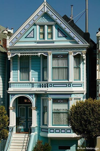 ameronicole: Victorian - Victorian Houses