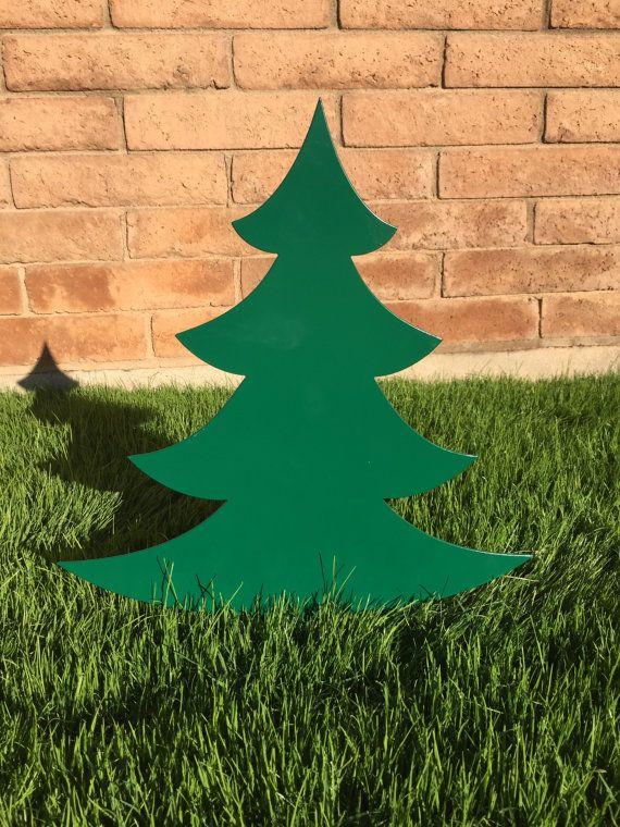 Christmas Tree 04 Metal Yard Art Christmas Lawn By Whitingiron Christmas Yard Art Yard Art Metal Yard Art