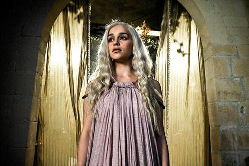 Daenerys Targaryen fashion | STARVING (FOR FOOD AND FASHION): Fashion Inspiration: Game of ...