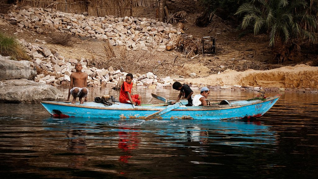 Down the Nile: Alone in a Fishermans Skiff