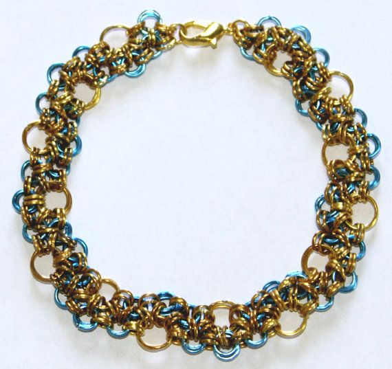 Chainmaille wristband made of golden colored ans von selfmadethings, €10.00