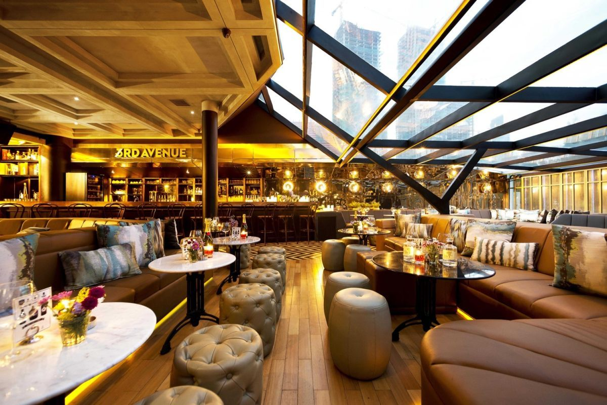 A Classy Whiskey Bar With Skyline Views Of Jakarta | palaces to go ...