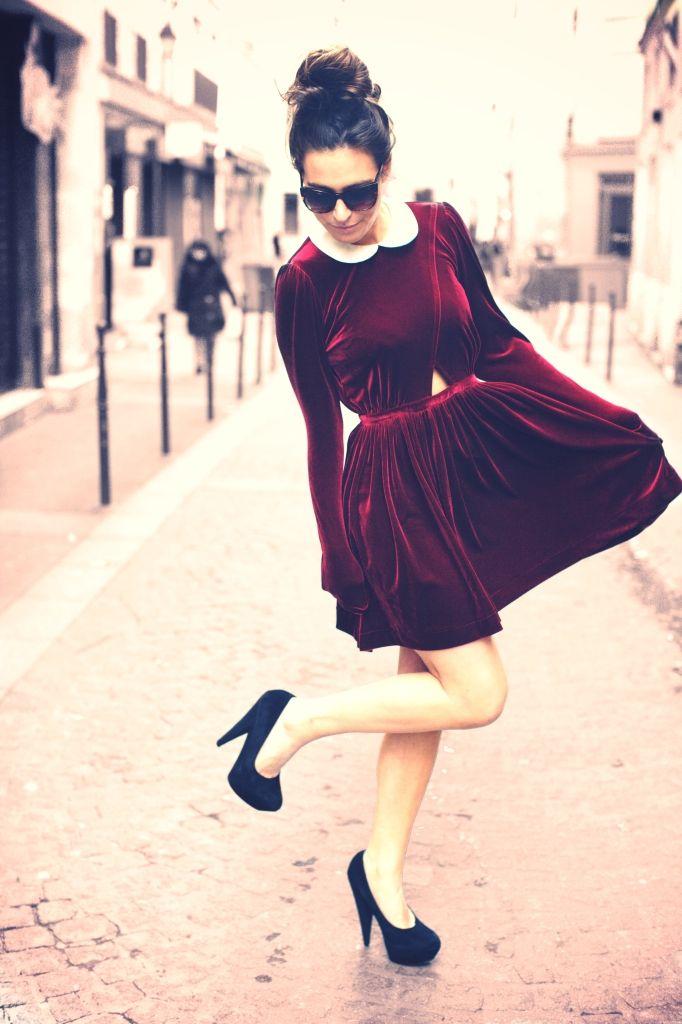 Emé & Isa Galerie Red Velvet Dress   Clothing   Pinterest   Vestidor ...