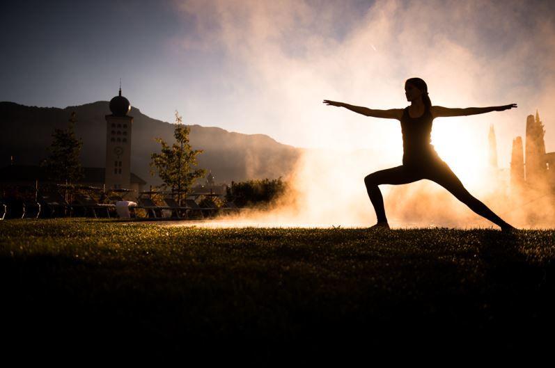 Yoga, vandring og spa retreat i de italienske alper  30. marts - 2. april, 3. - 6. juli eller 2. - 5. november 2017 - Kom med på et 4-dages retreat, der kombinerer den helt rigtige mængde af yoga, vandreture og spa forkælelse i de italienske Tiroler Alper.
