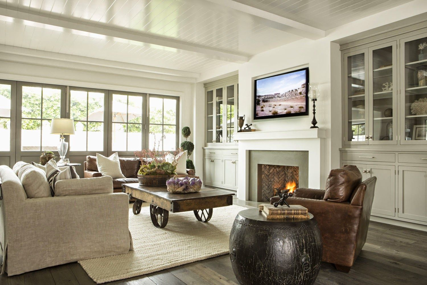 Ceiling Fireplace And Builtins Beach House Ciao