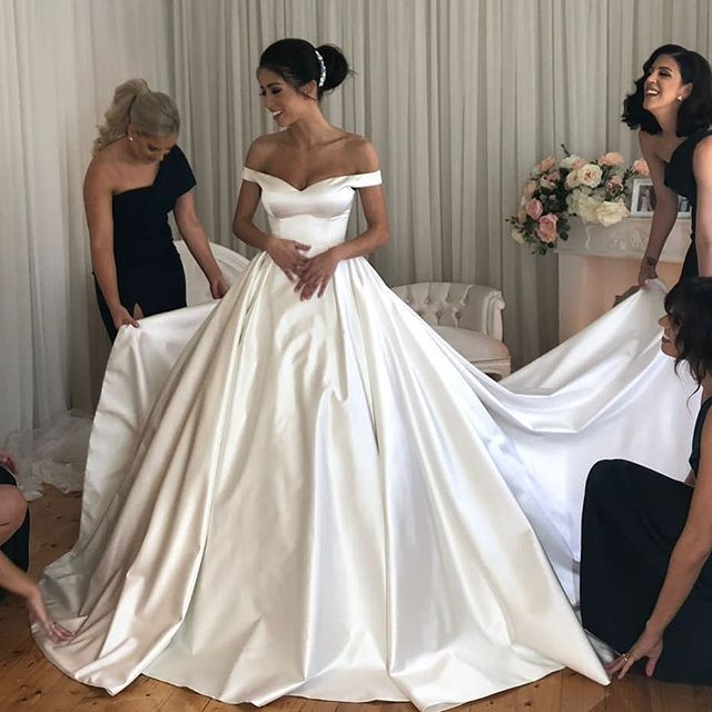 Personalisedweddingscouture We Hunted Down A Few Pics Of Your Incredible Bride Ellisha Over Satin Bridal Gowns Wedding Dresses Satin Long Train Wedding Dress