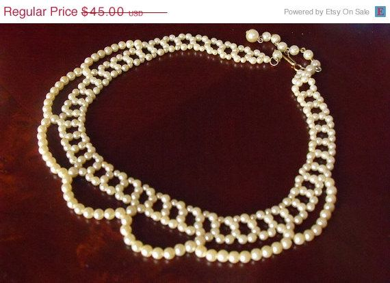 Sale Victorian Pearl Necklace  A Beautiful by EstatesInTime