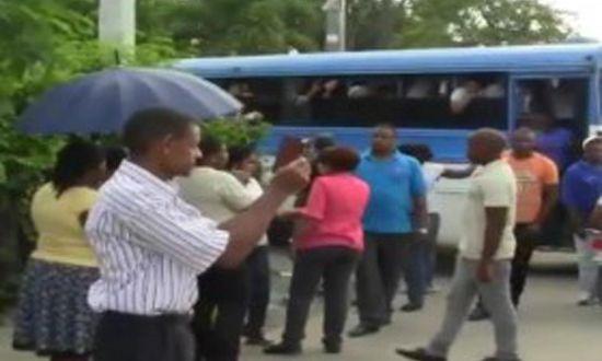 Aplazan medida contra 12 chóferes amenazaron estudiantes en Boca Chica
