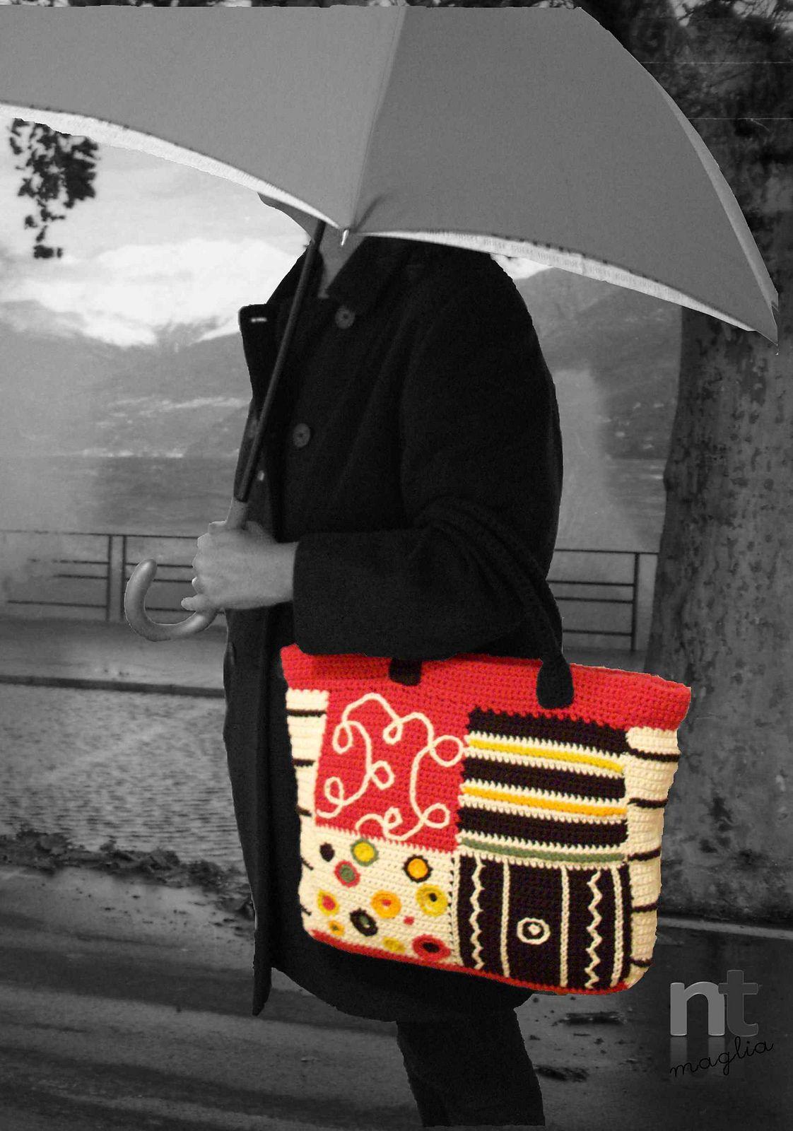 Love the bag, but really love the photo. crochet bag