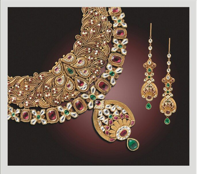 Enchanting designs for the beautiful you !!! Show your brilliance this festival season.