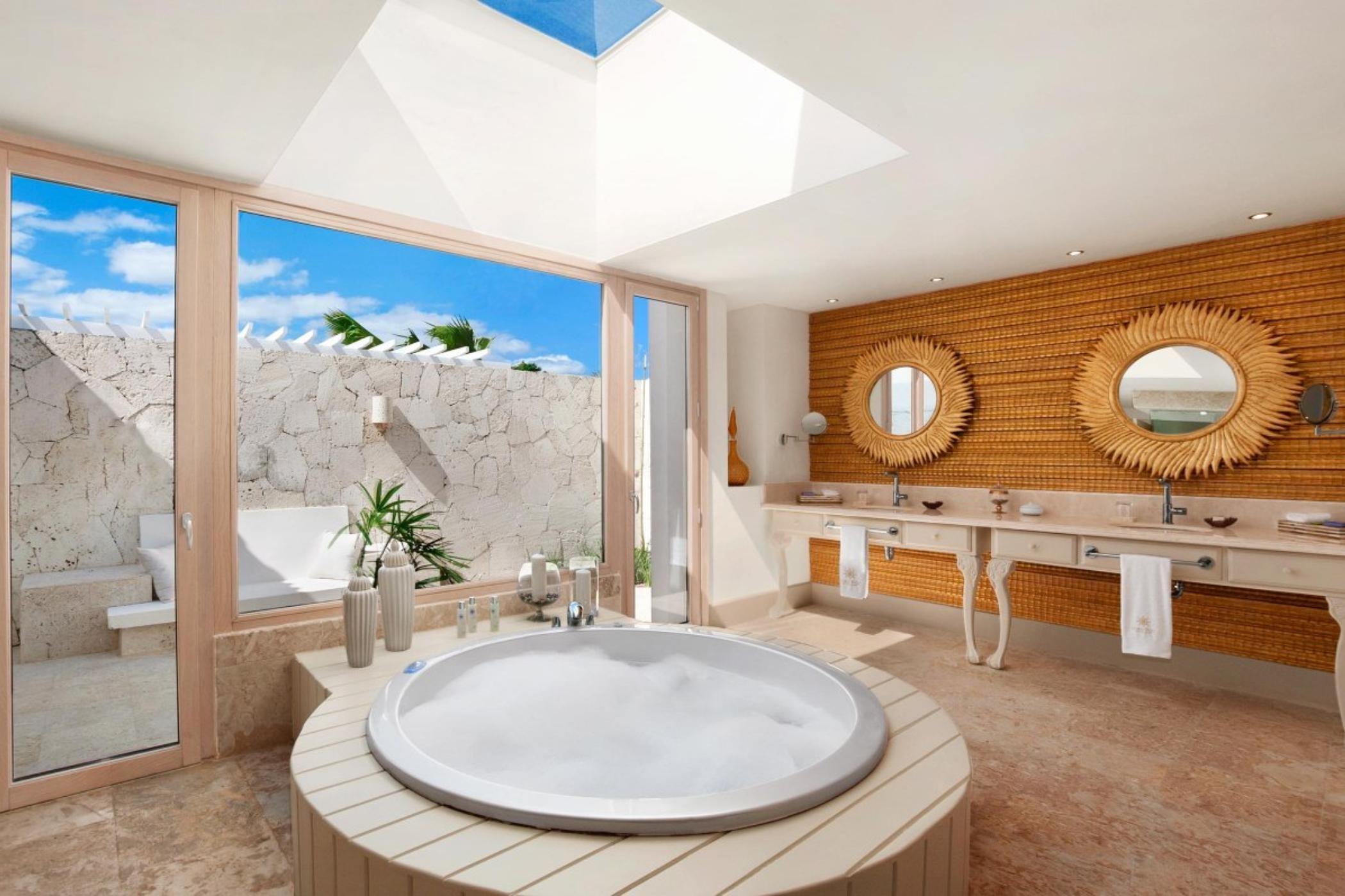 Coral Stone Bathtub With Marble Jacuzzi Luxury Bathroom Bathroom Styling Indoor Jacuzzi