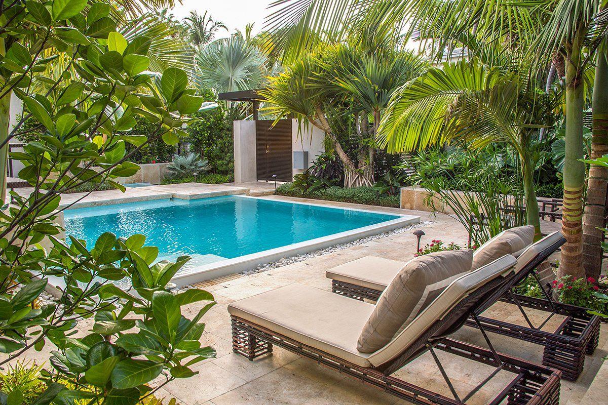 Photo 10 Of 18 In Key West Modern By Craig Reynolds Landscape Tropical Pool Landscaping Backyard Pool Landscaping Pool Landscaping