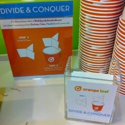 Photo of Orange Leaf Frozen Yogurt - Cincinnati, OH, United States. Love their dividers. It can keep everything from mixing up.
