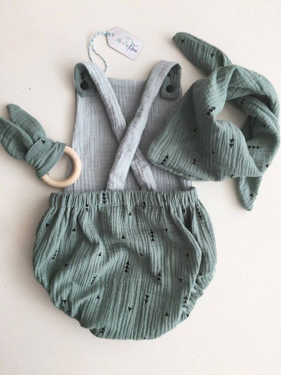 Baby Babyromper Babystrampler Babykleidung Babyklamotten Babymode Kleidung Romper Musselin Strampler grün