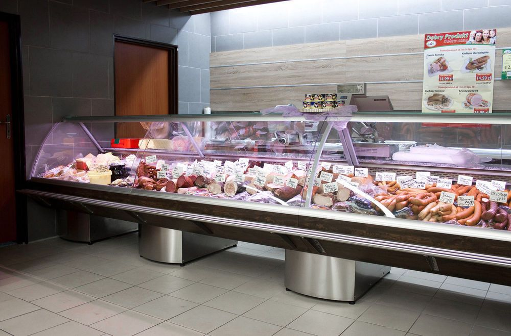 Serve Over Counter 3.75m Display Fridge Meat Chiller