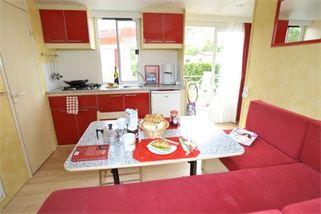 Camping Vestar -Mobilhome Deluxe 2 slaapkamers airco - Kroatie, Istrië | Vakantie24.nl