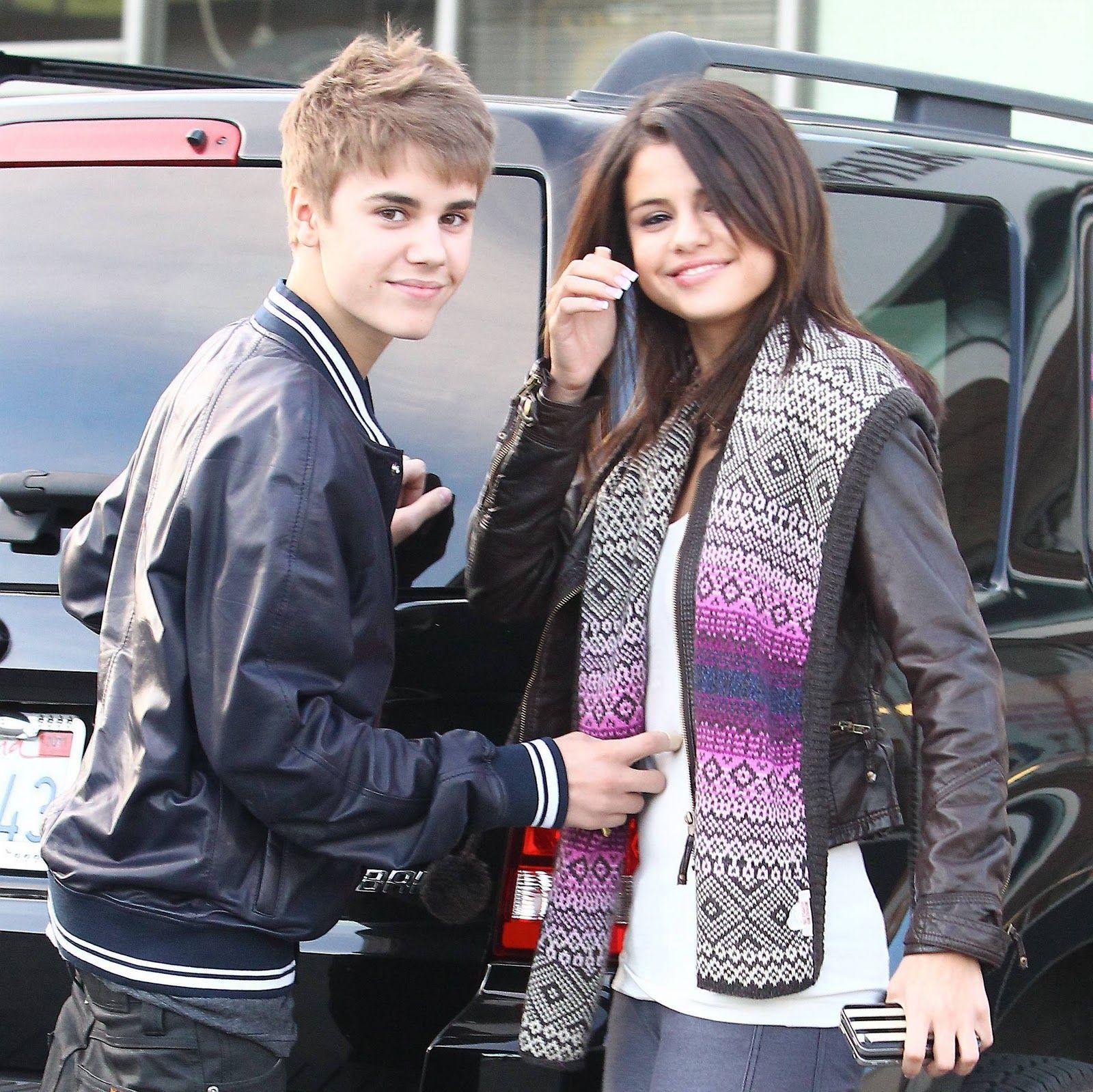Justin Bieber And Selena Gomez Wallpaper Mobile Justin Bieber And Selena Justin Bieber Selena Gomez Bieber Selena