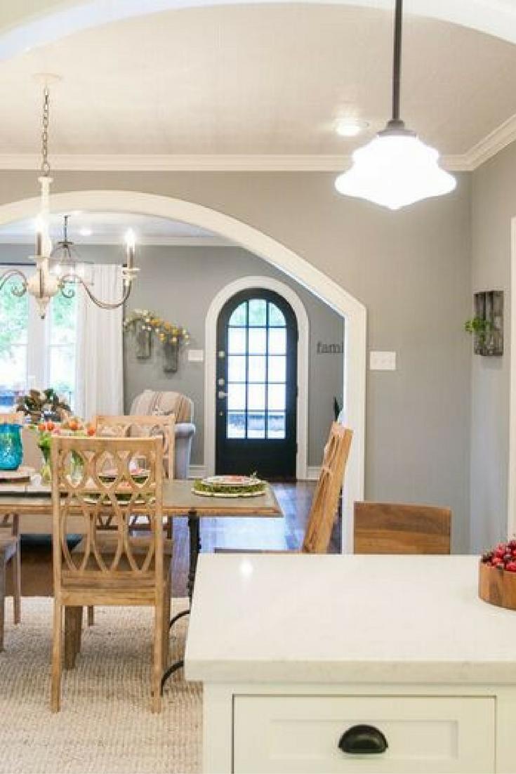 fixer upper the brick house homes and decor pinterest wohnen moderner landhausstil und haus. Black Bedroom Furniture Sets. Home Design Ideas