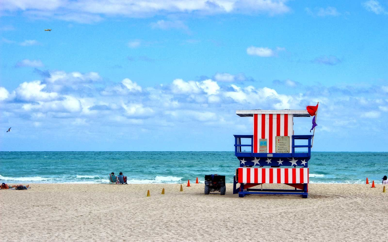 The Best Beaches In The U S For Celebrating July 4th Best Island Vacation Cheap Island Vacations Island Vacation