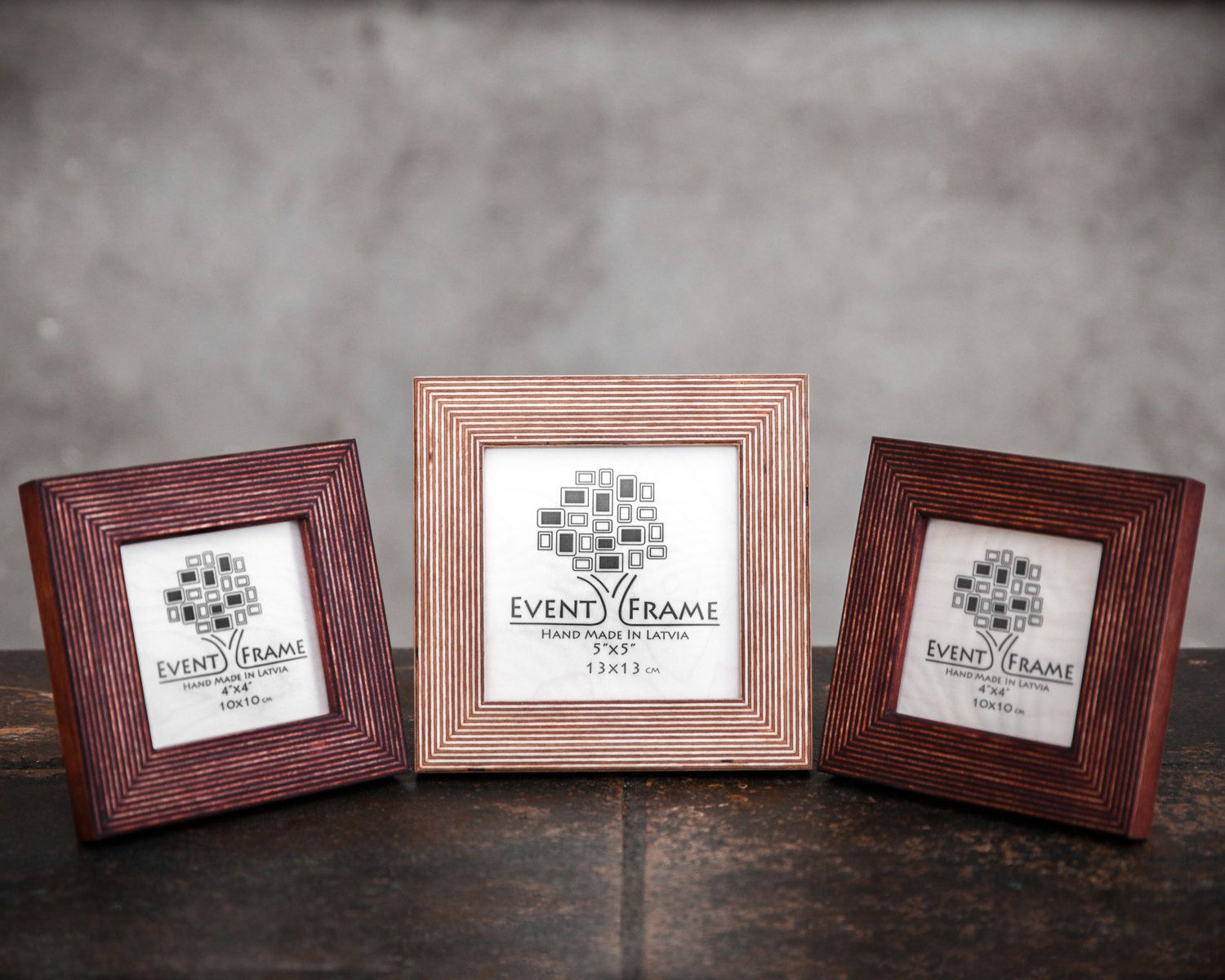 Gallery Frame Set Of 3 Table Top Frames Free Standing Frames Square Picture Frame 4x4 5x5 Frames Instagram Fr Gallery Frame Set Picture Frame Designs Frame