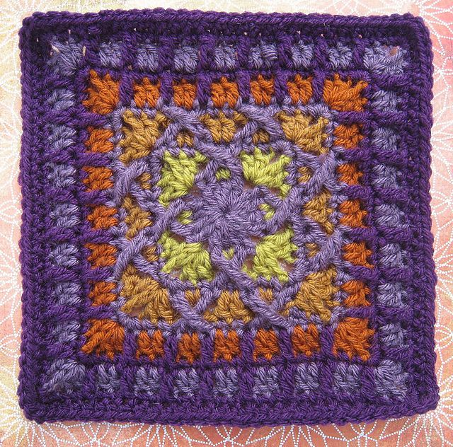 KISS-FIST pattern by Shelby Shea | Free pattern, Kiss and Squares