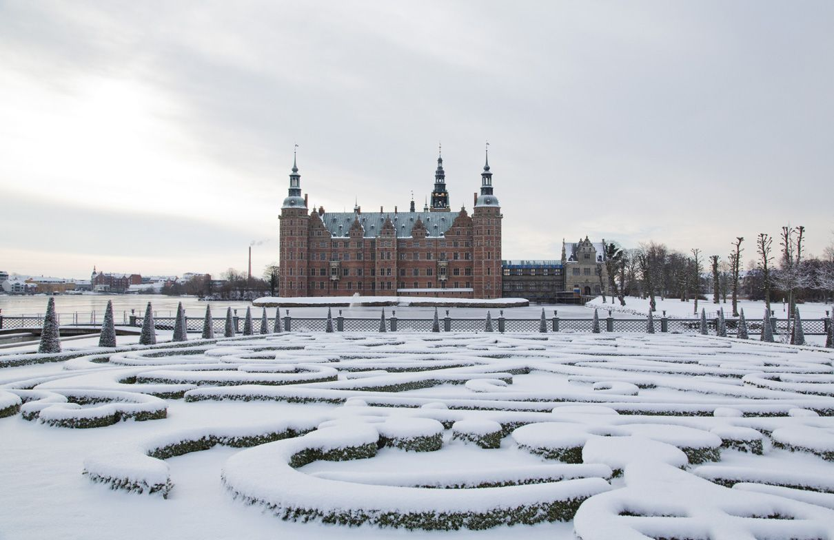 The museum of national history at frederiksborg castle copenhagen - Fredicksborg Castle In The Winter Denmark