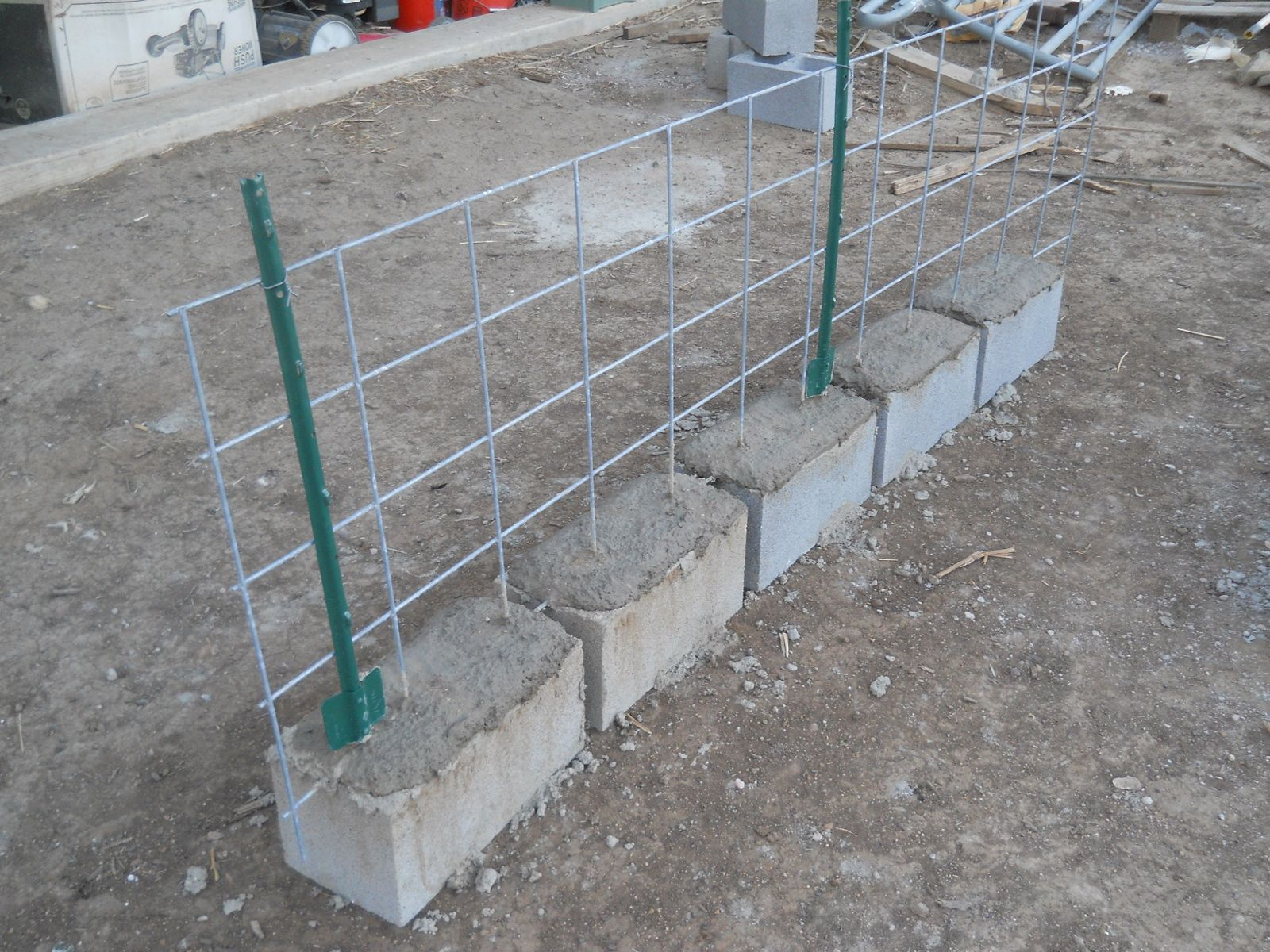 Hogs Hogs On The Range Update I Pig Fence Cinderblock Fence Cinder Block