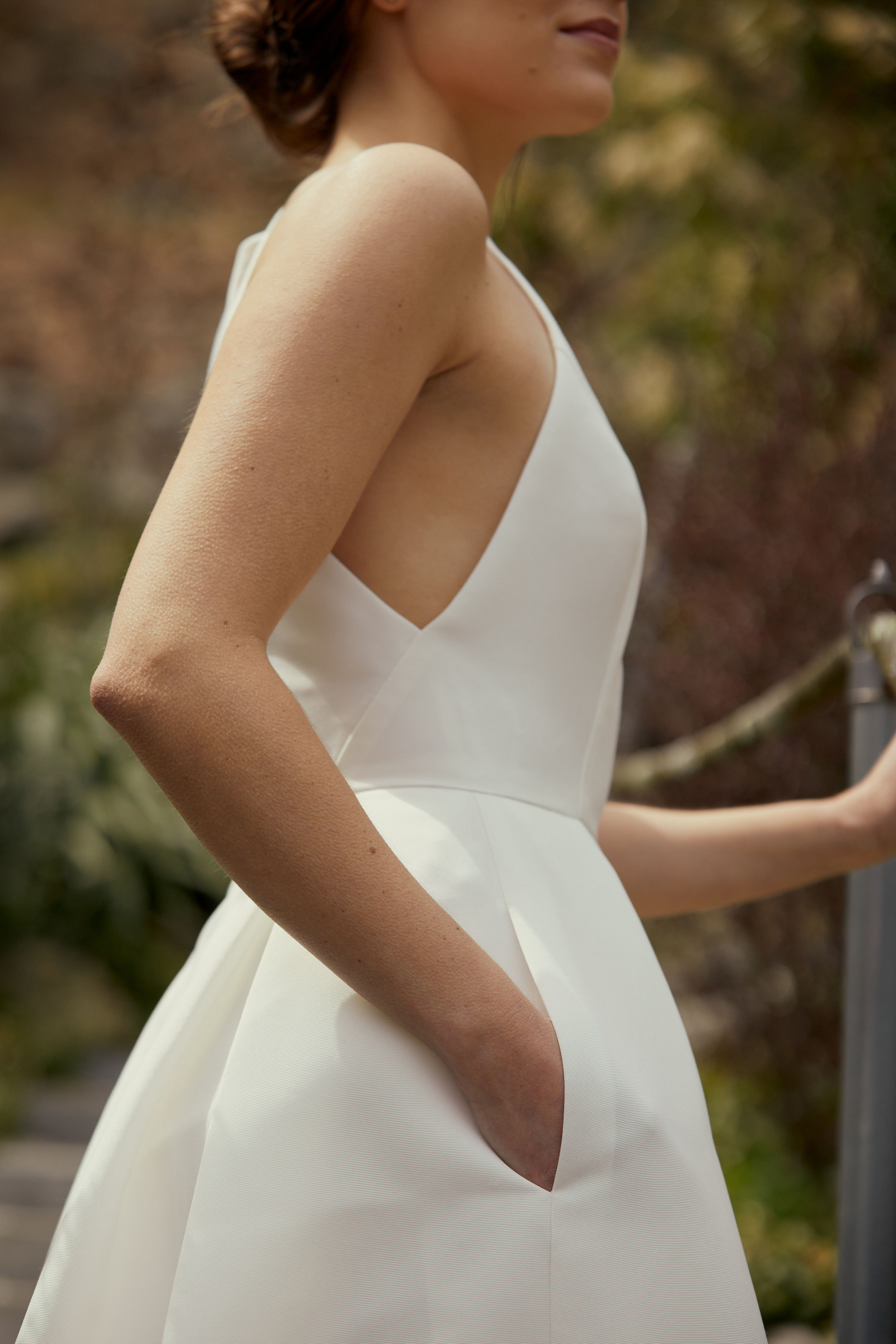Behind The Scenes Amsale Spring 2021 Short Wedding Dress Dresses Wedding Dress With Pockets [ 5376 x 3584 Pixel ]