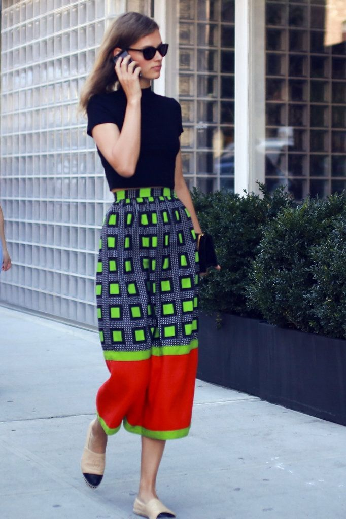 Color and pattern work together in this street style look spotted during New York Fashion Week | Image via nytimes.com
