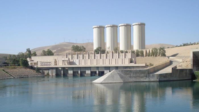 Il ministro per le Risorse idriche: «L'impianto è già protetto da forze irachene». L'ambasciatore italiano frena: «Nessun dispiegamento  senza un accordo»