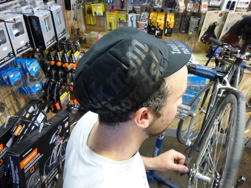 LMNH Mechanics Greaseproof Cycle Cap