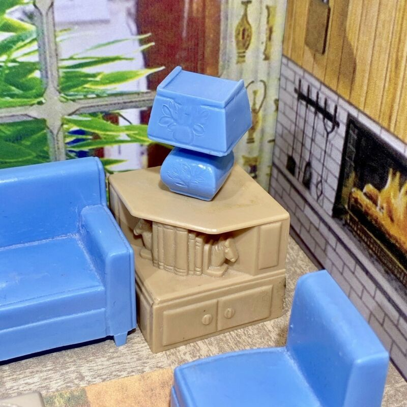 1:12 Scale Take Away Chips Fries portion in Plastic Box tumdee Dolls House